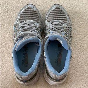 Women's ASICS TN661 Sneakers